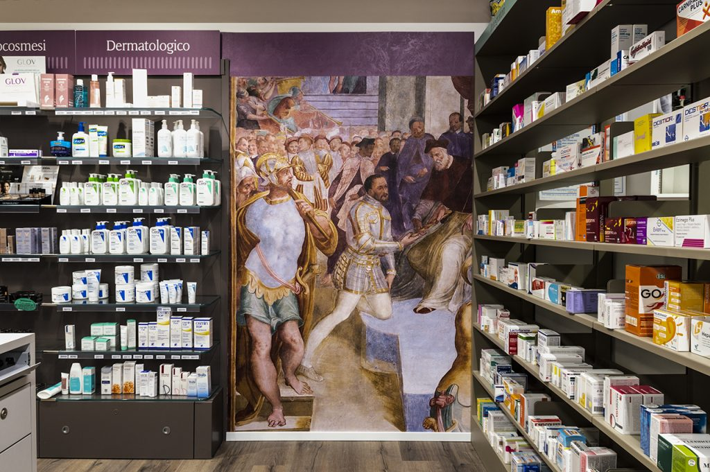 design d'interni in farmacia